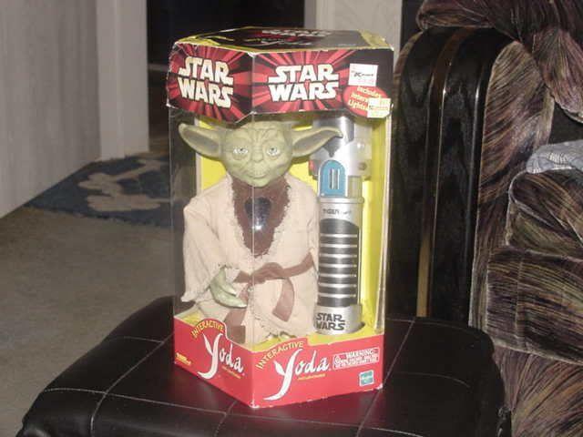 Star Wars Yoda Furby Interactive Toy W/Box Tiger 2000